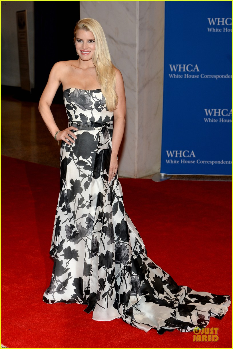 jessica simpson eric johnson white house correspondents dinner 2014 073104636
