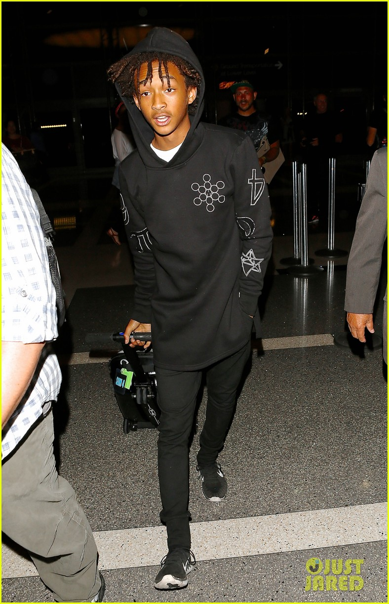 jaden smith flies out of town 16