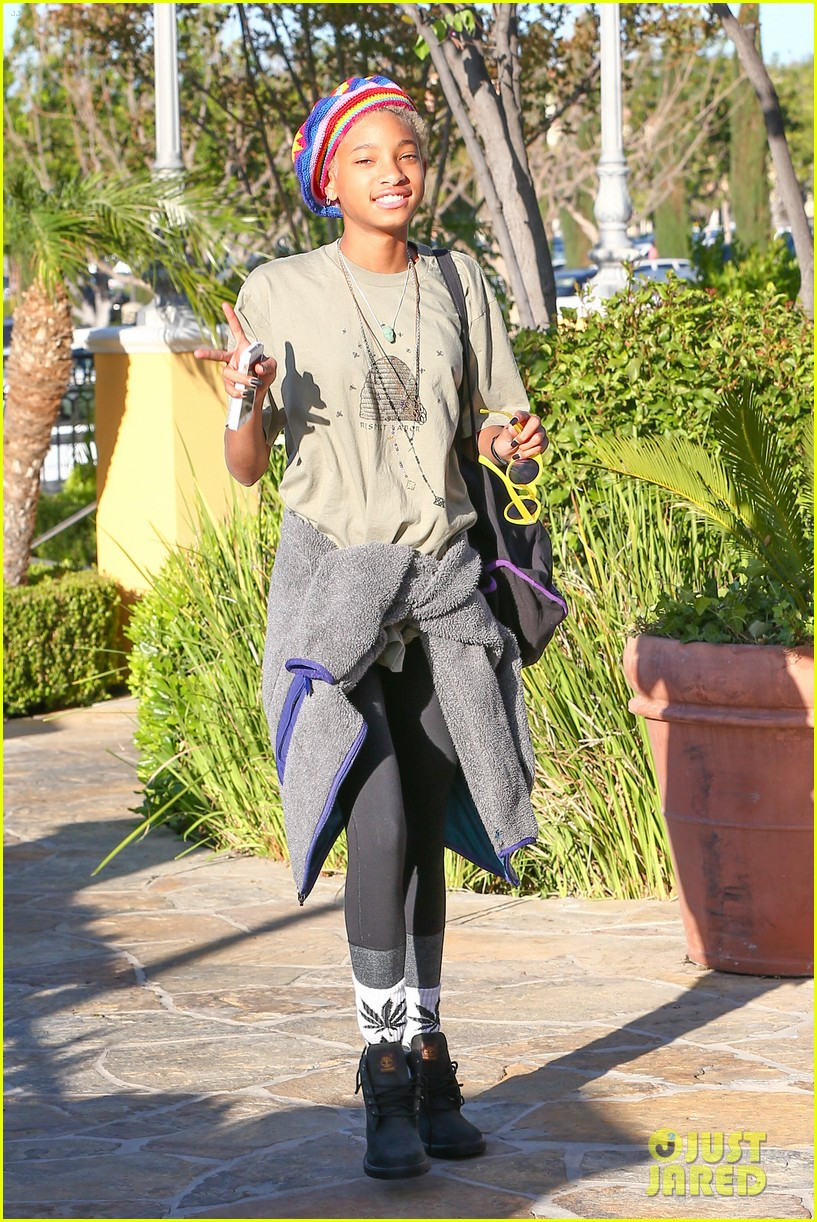 willow smith wears socks with marijuana leaf on the front 113102958