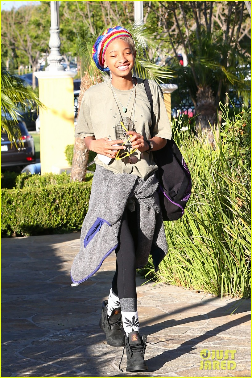 willow smith wears socks with marijuana leaf on the front 22
