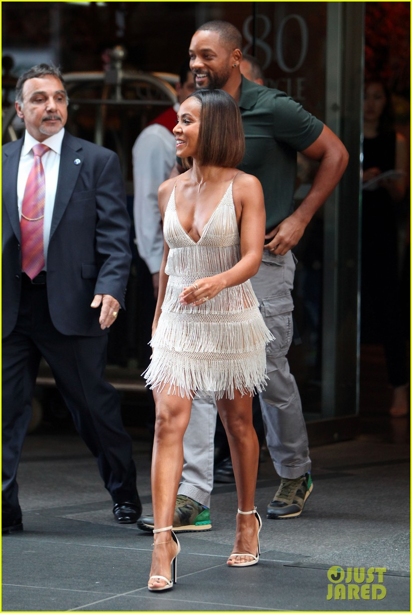 will smith joins wife jada in new york city for fox upfronts 113112109