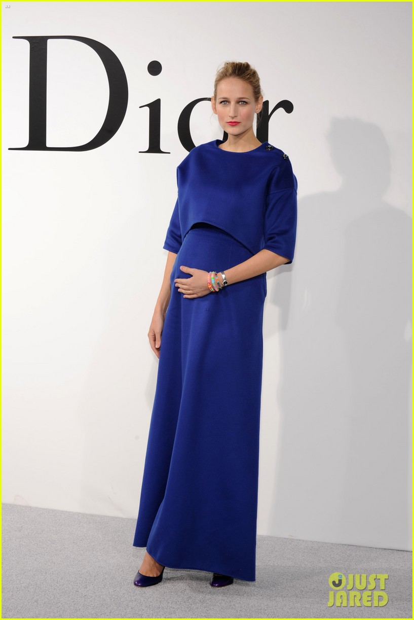 leelee sobieski pregnant with second child 013108421