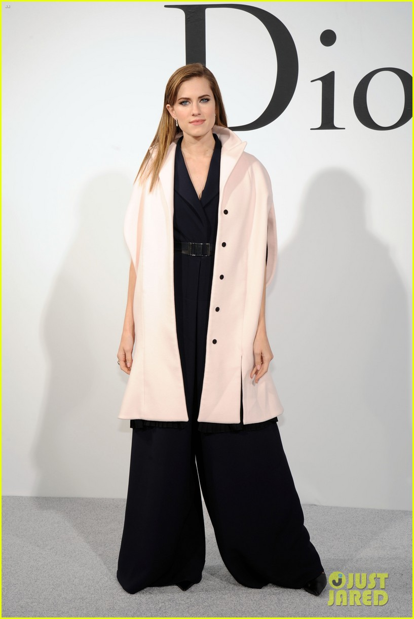 leelee sobieski pregnant with second child 103108430