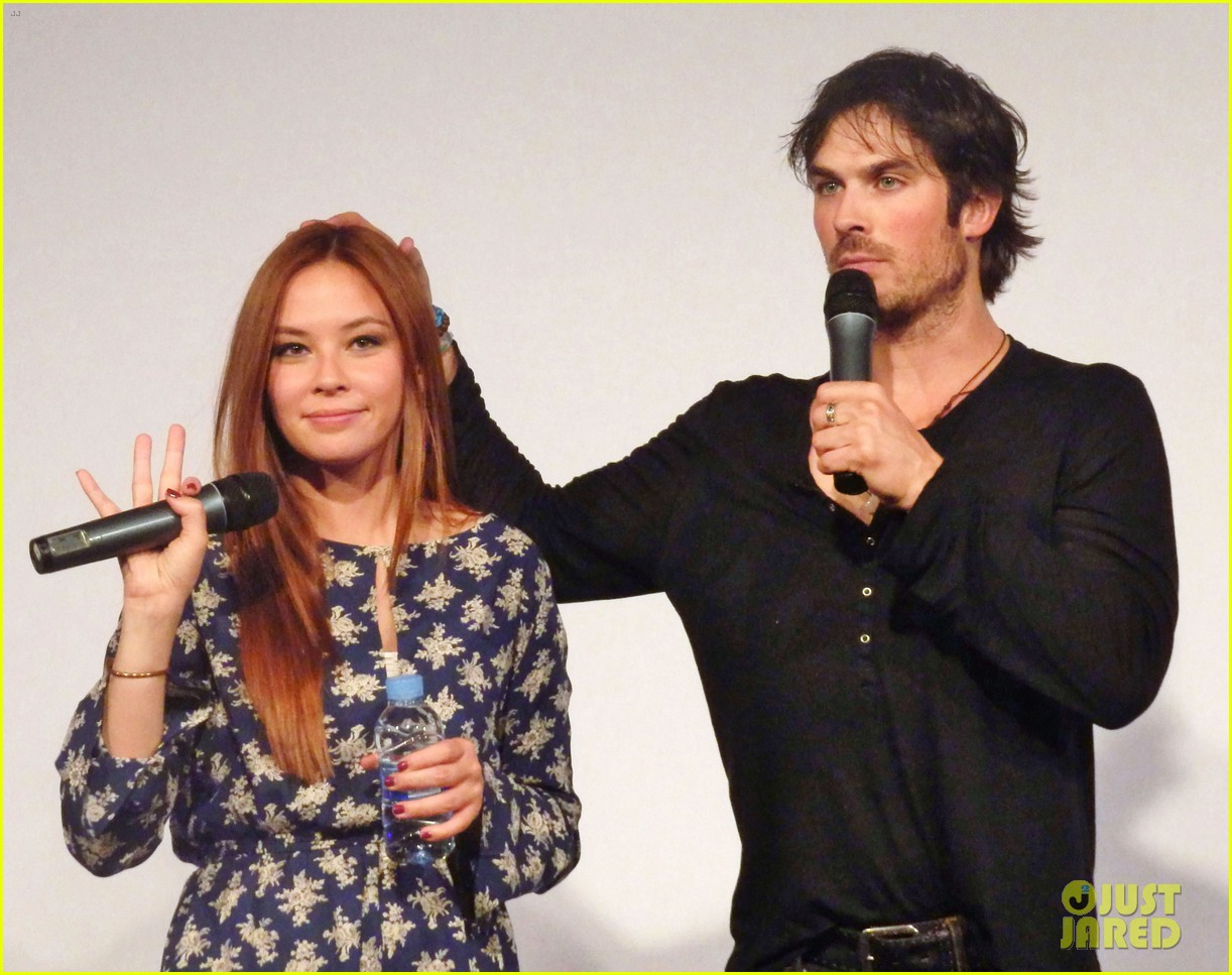 ian somerhalder entertains crowd another day of bloody con 063116056