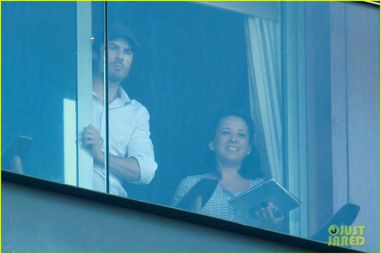 ian somerhalder blows kisses to fans from rio hotel balcony 073125051