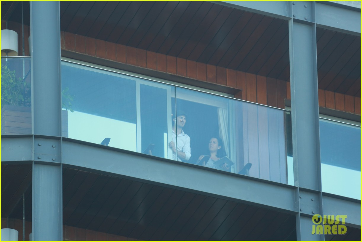 ian somerhalder blows kisses to fans from rio hotel balcony 143125058