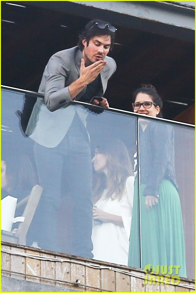 ian somerhalder blows kisses to fans from rio hotel balcony 203125064