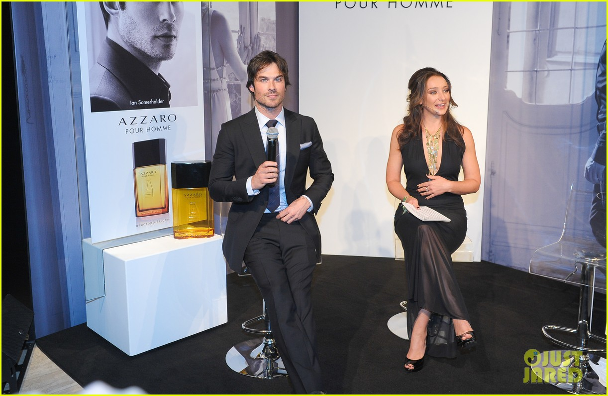 ian somerhalder looks super sexy in his suit and tie 313113786
