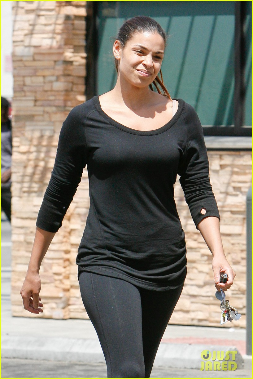 jordin sparks gets jedi look for may the 4th be with you 023105245