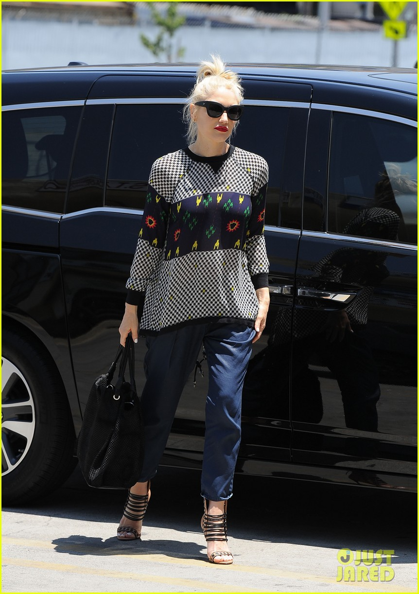 gwen stefani was a score for the voice 013124261