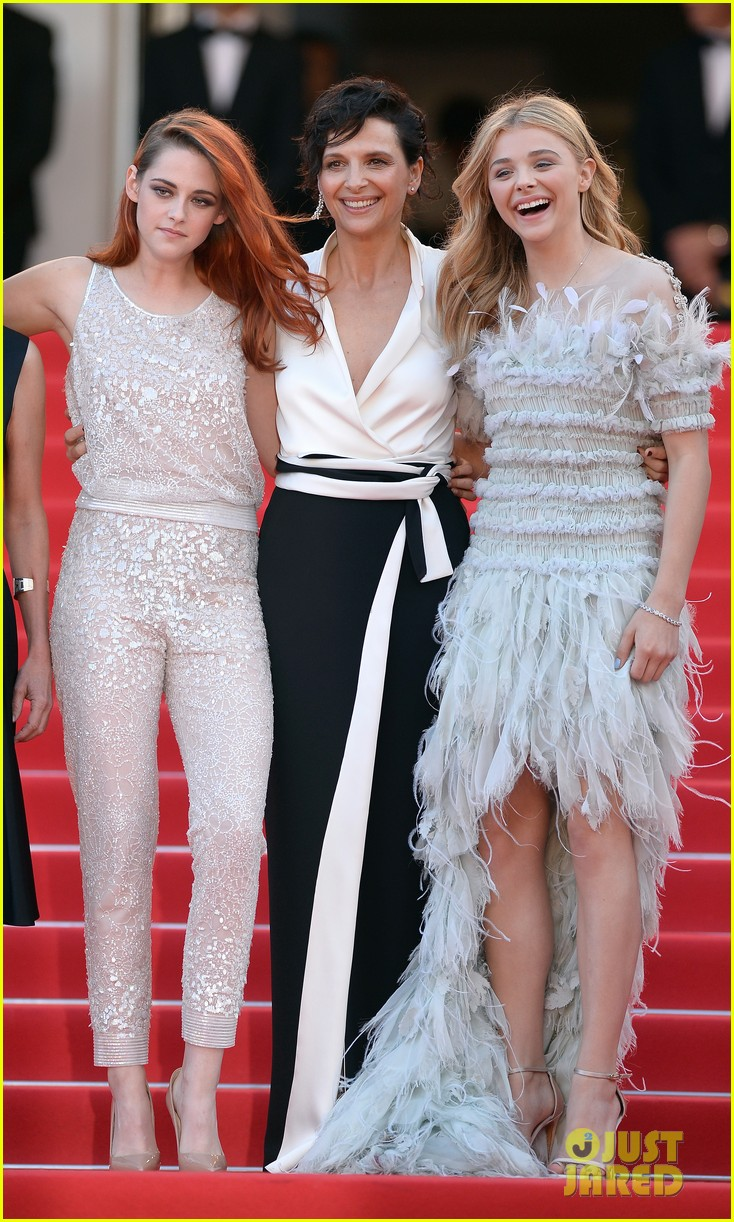 kristen stewart chloe moretz are chanel chic at cannes sils maria premiere 063120590