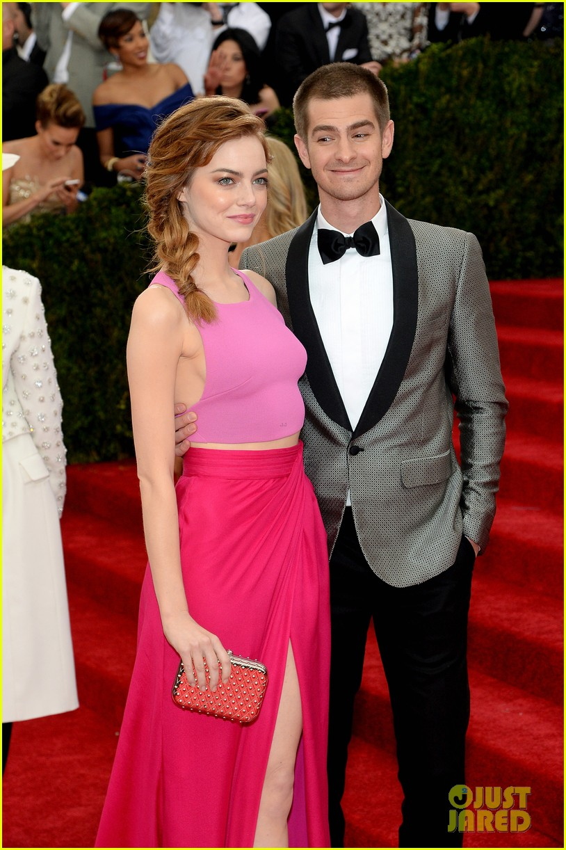 andrew garfield only has eyes for emma stone at met ball 2014 043106147