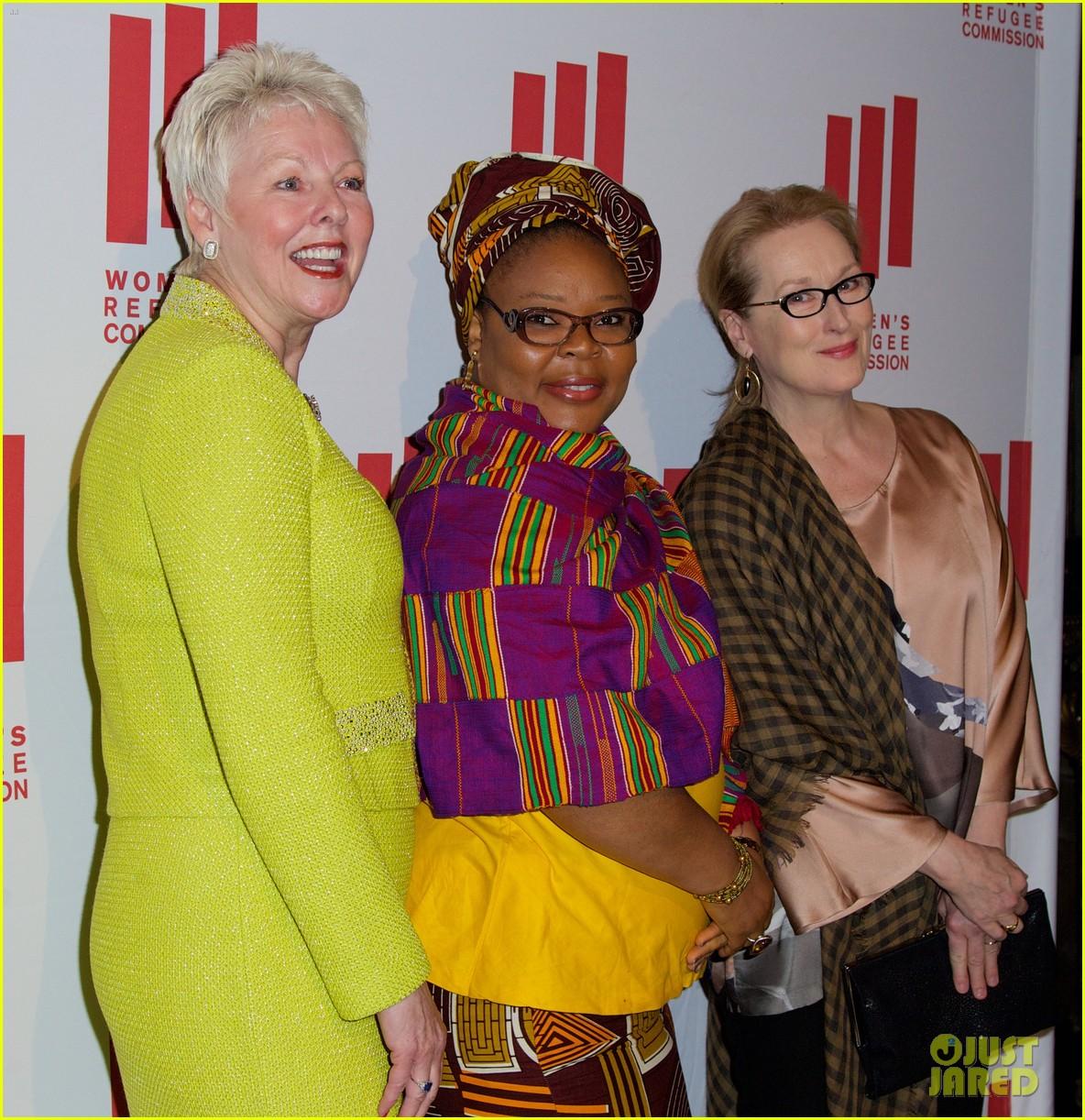 meryl streep voices of courage awards 023103100