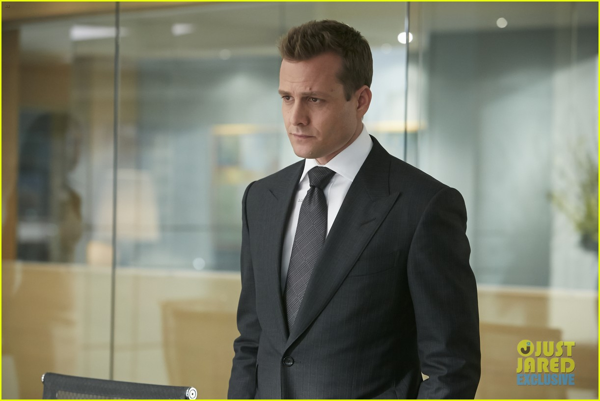 suits season 4 premiere photos exclusive mike new job 013117821