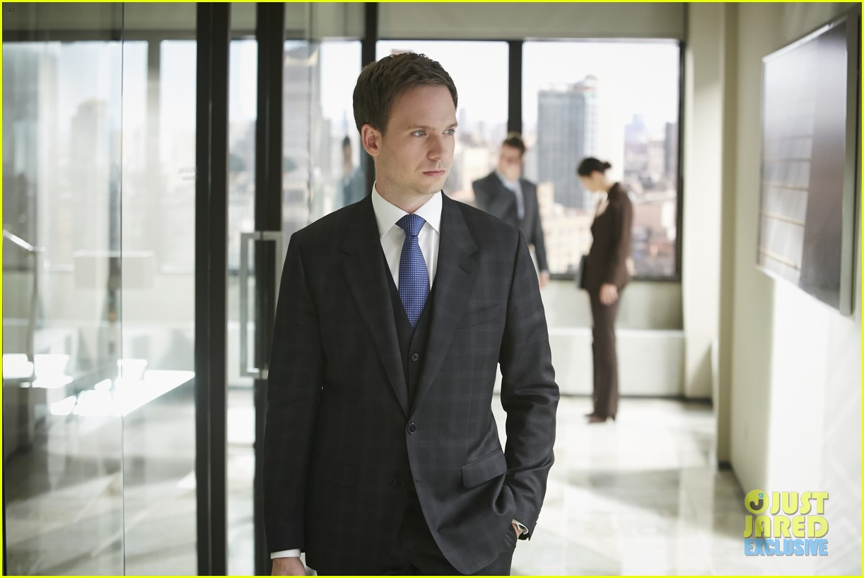 suits season 4 premiere photos exclusive mike new job 023117822