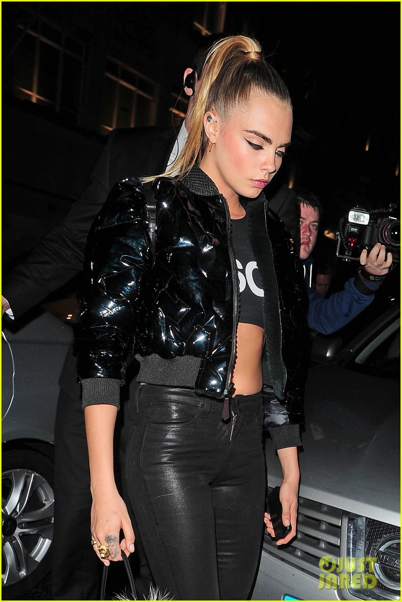 cara delevingne suki waterhouse look so glamorous for night out 02