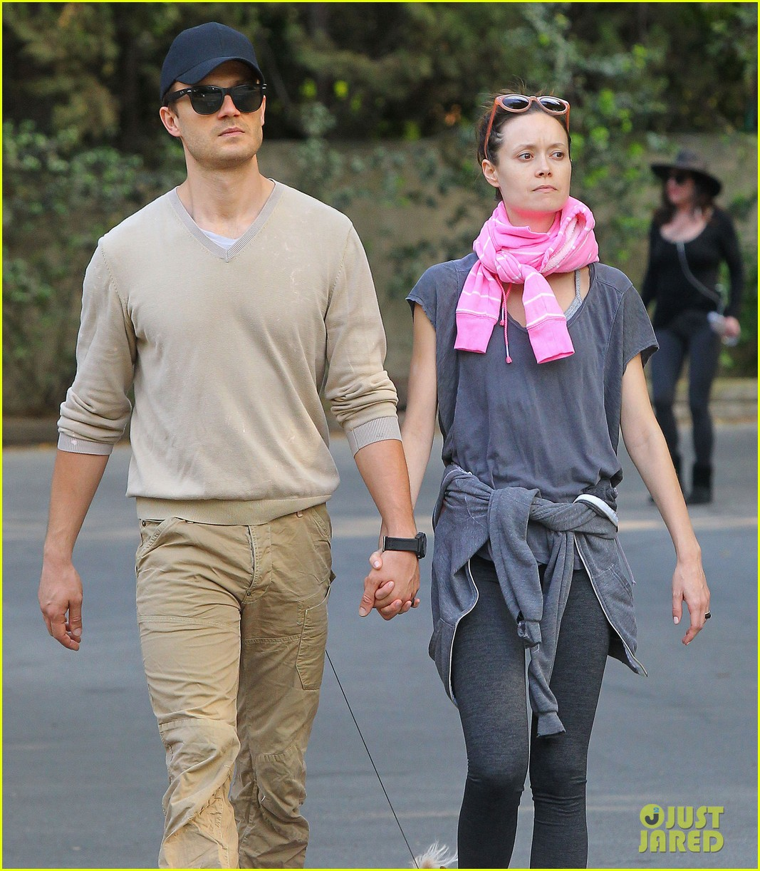 summer glau boyfriend hold hands 113120719