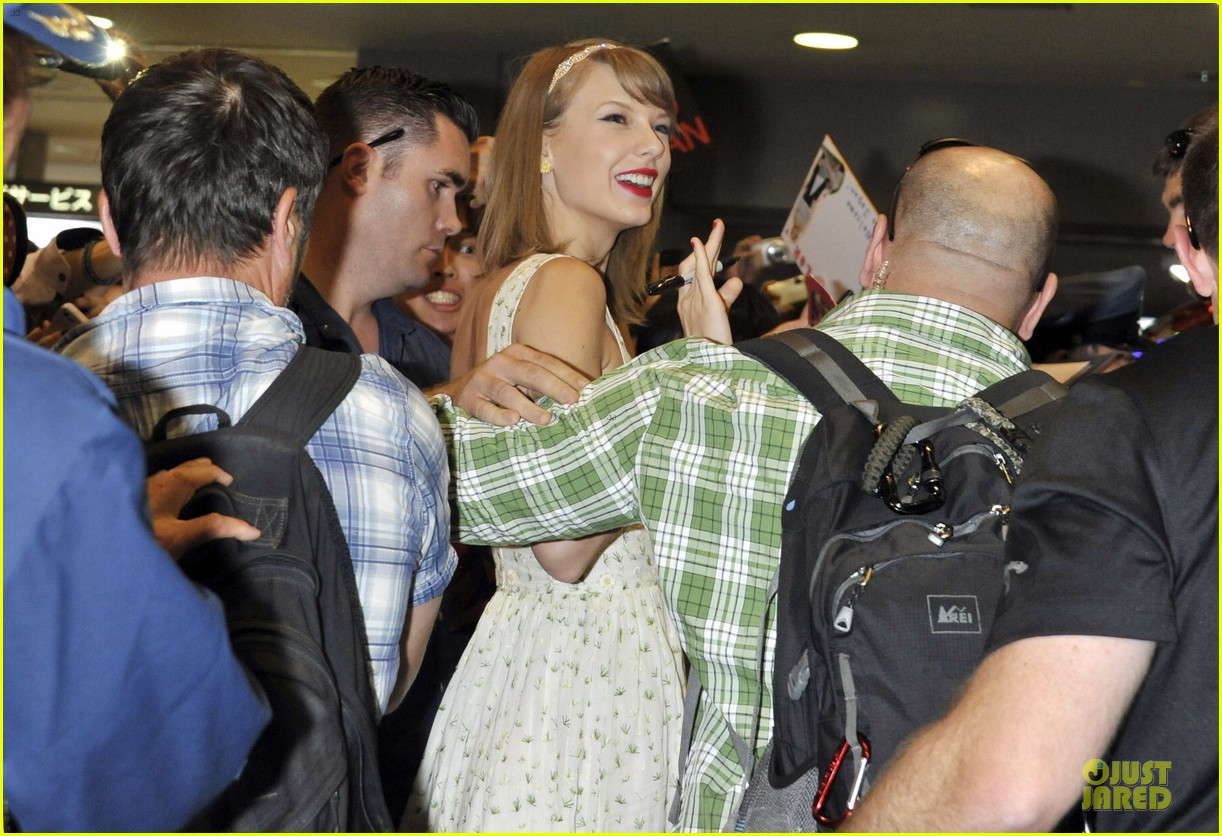 taylor swift album is her favorite thing ever 043125165