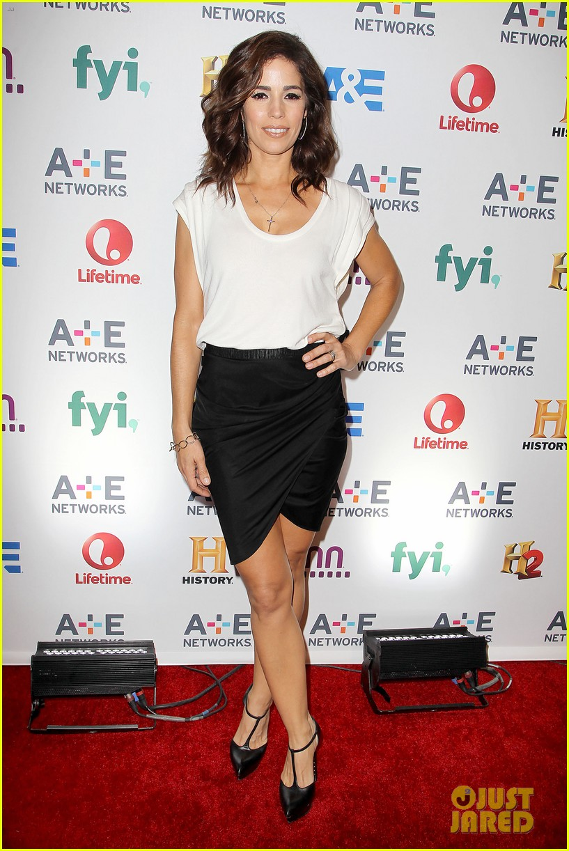 channing tatum hangs out in new york jenna dewan attends ae upfronts 033109097
