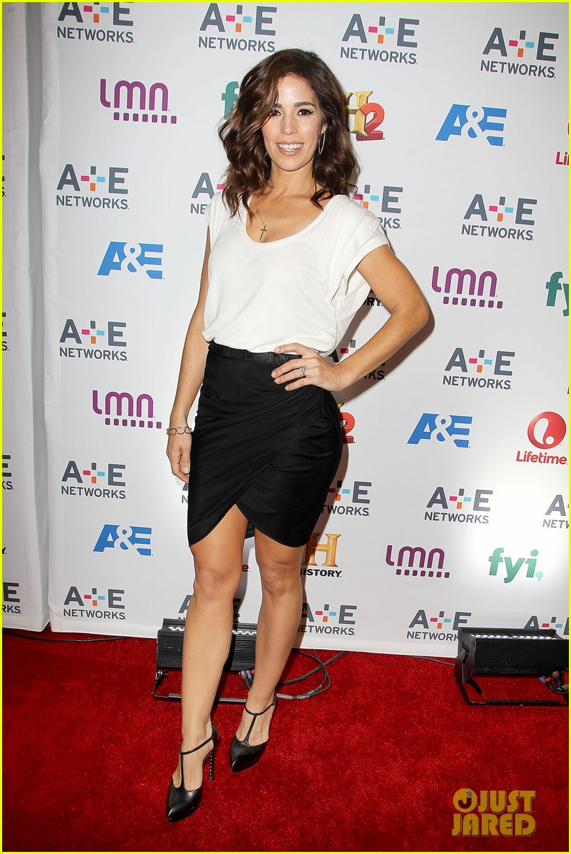 channing tatum hangs out in new york jenna dewan attends ae upfronts 103109104