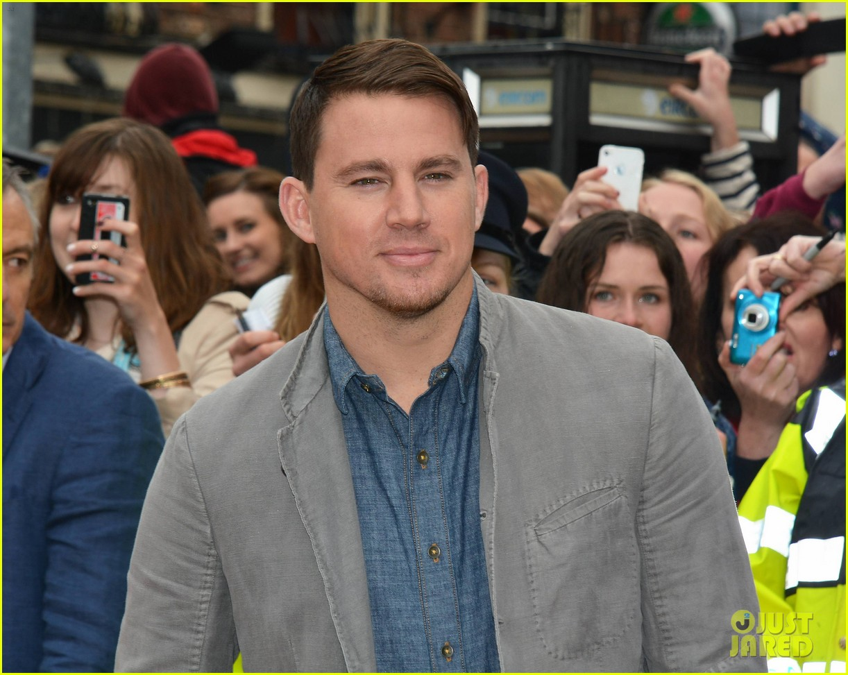 channing tatum jonah hill receive bram stoker awards from trinity college 083120575