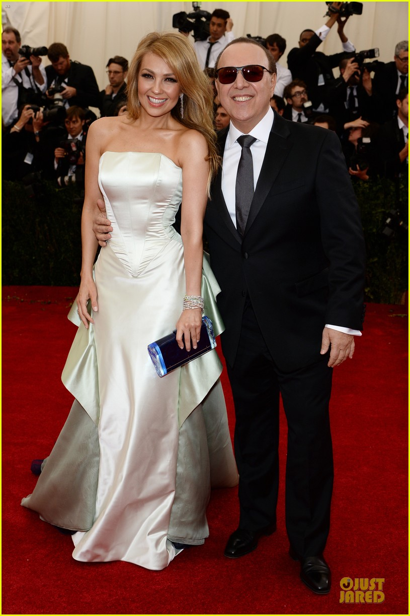 Thalia Tommy Mottola Flash Smiles At Met Ball 2017