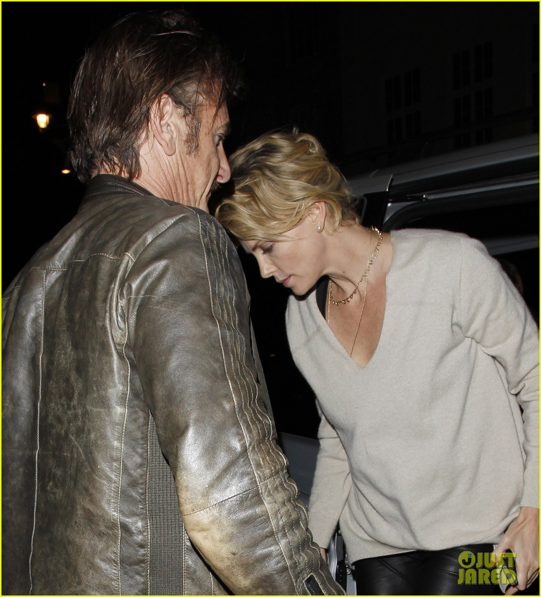 charlize theron call it a night after late night dinner in london 093123775
