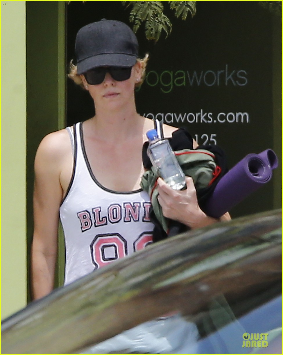 charlize theron gluten free diet is bs 023121203