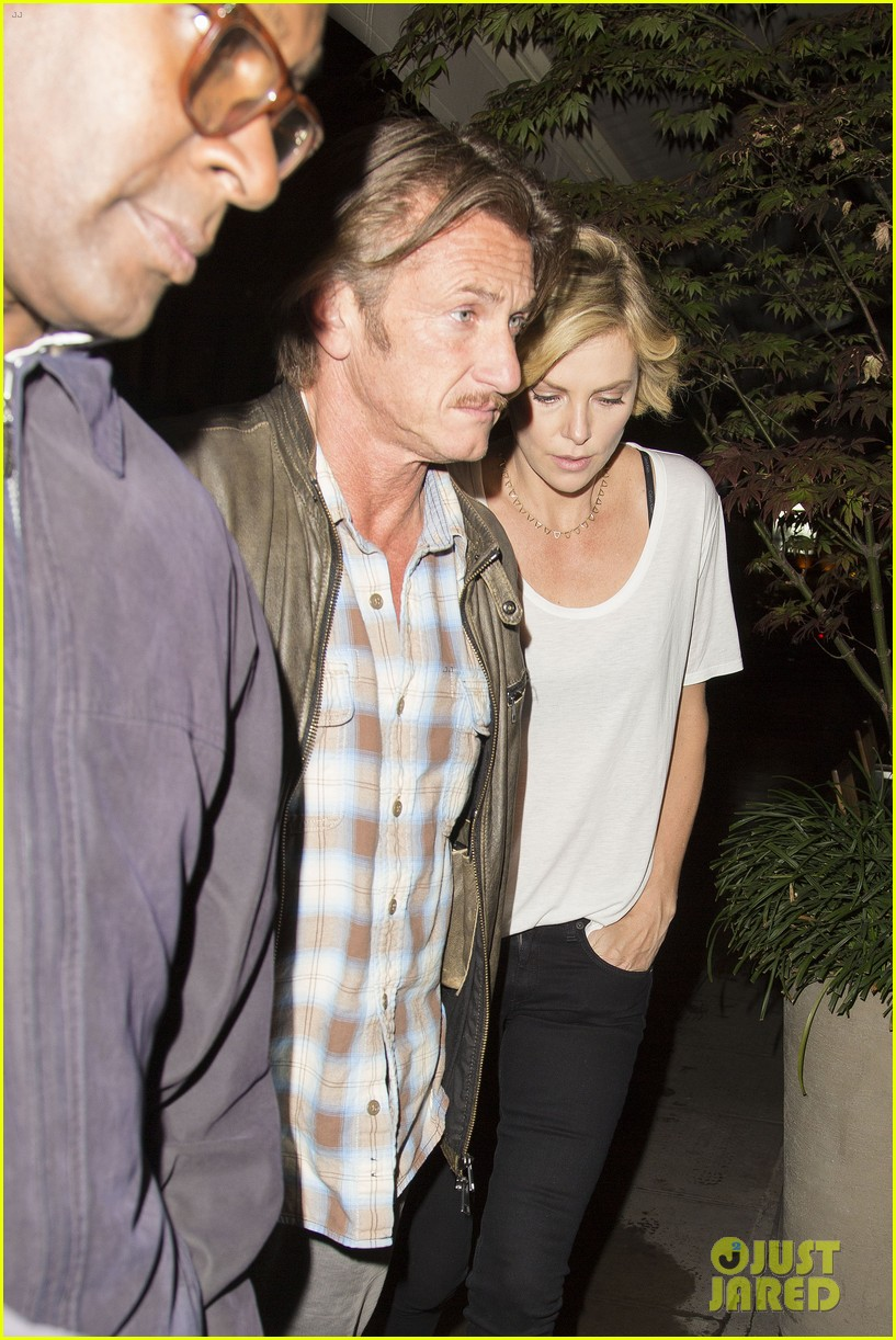 charlize theron sean penn step out for memorial day dinner 093122503