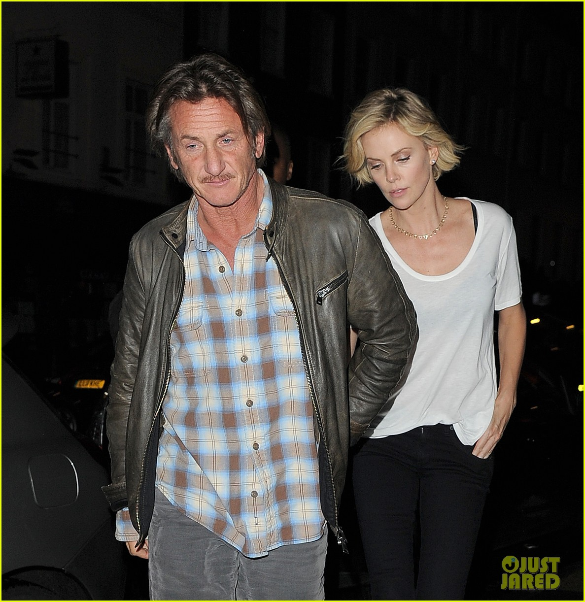 charlize theron sean penn step out for memorial day dinner 103122504