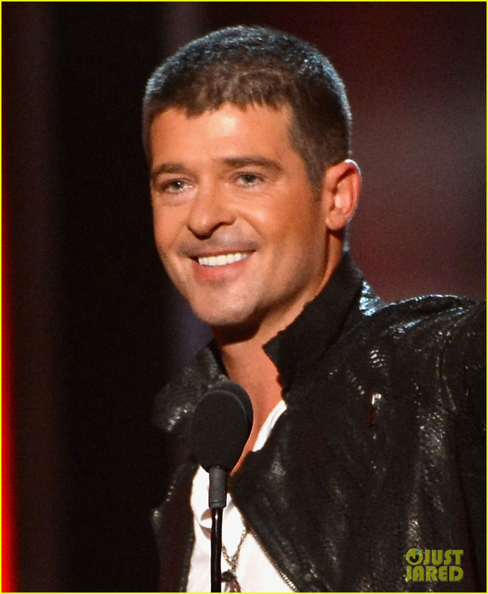robin thicke billboard music awards 2014 023116899