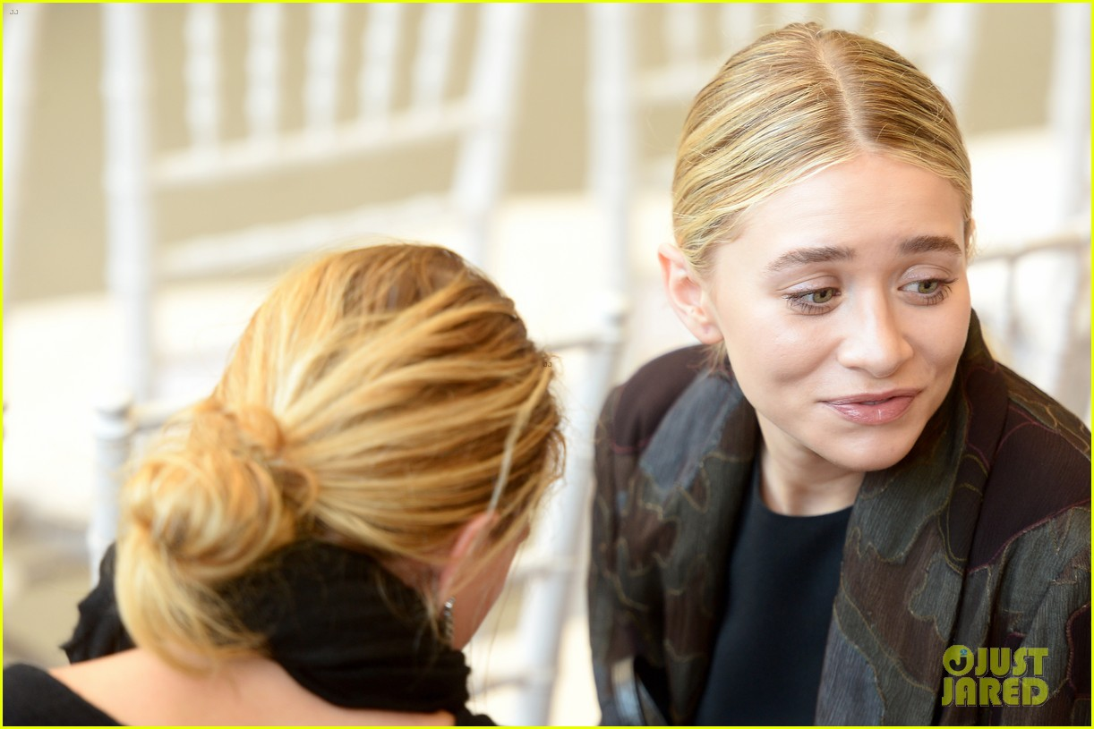 mary kate ashley olsen met ball 2014 083106211