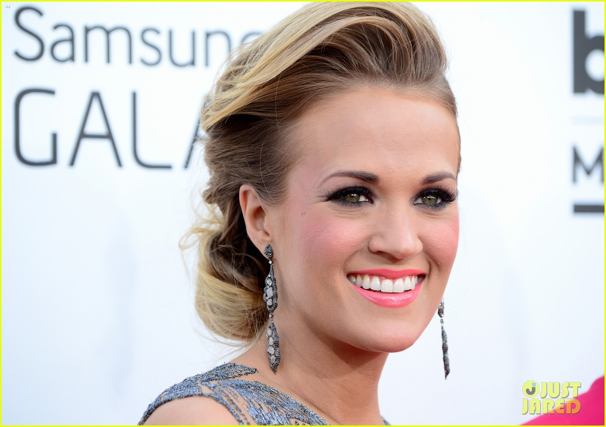 carrie underwood miranda lambert billboard music awards 2014 043116732