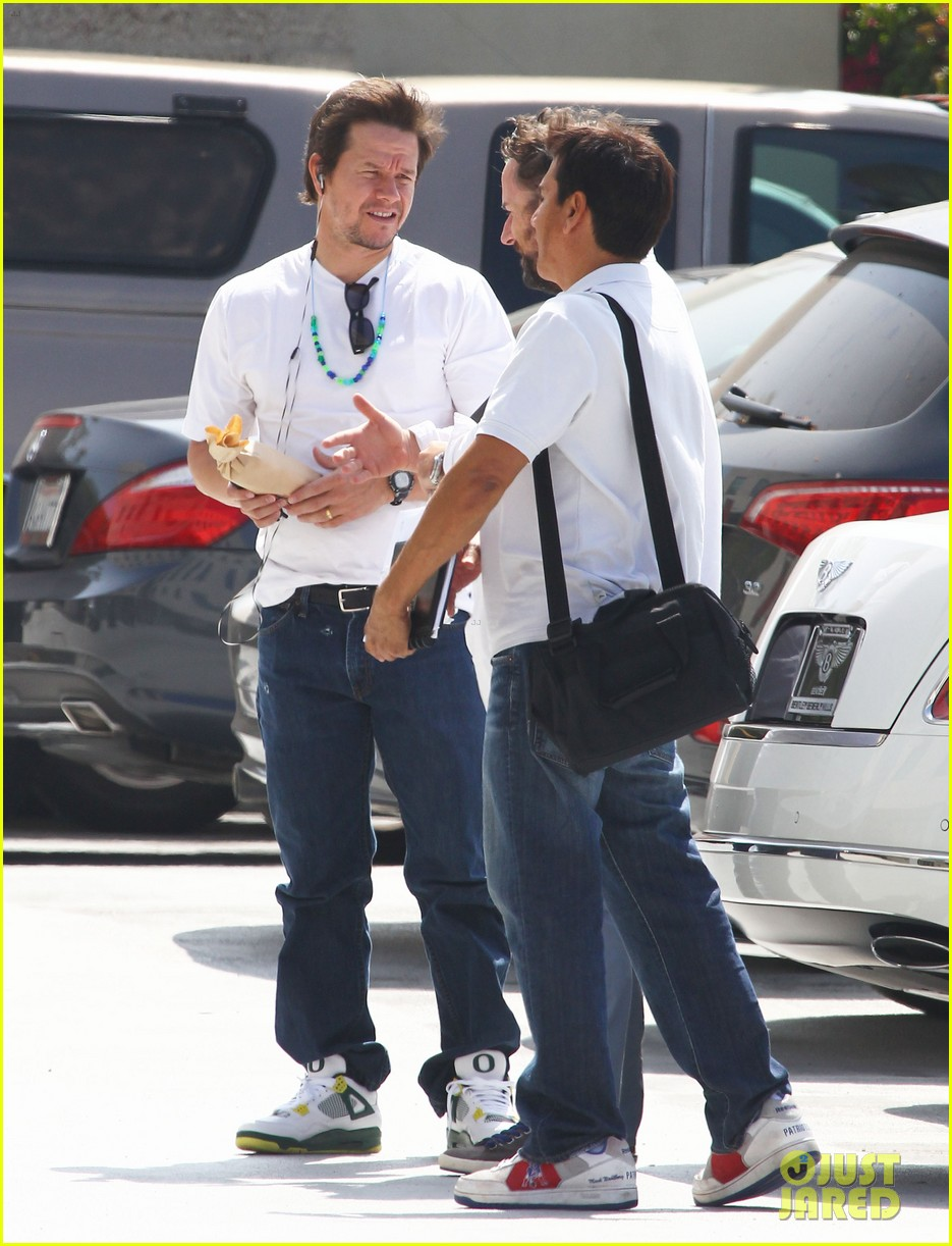 mark wahlberg opens up about transformers age of extinction 093123276