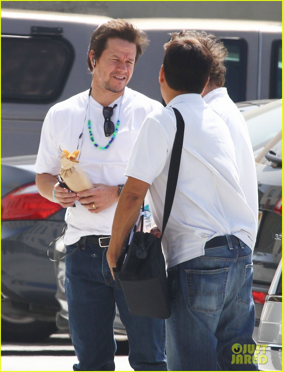 mark wahlberg opens up about transformers age of extinction 103123277