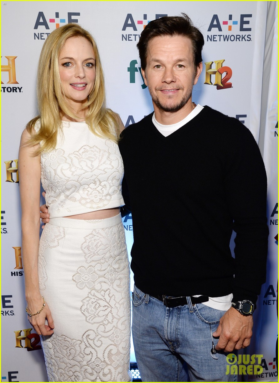 mark wahlberg heather graham buddy up at ae upfronts 09