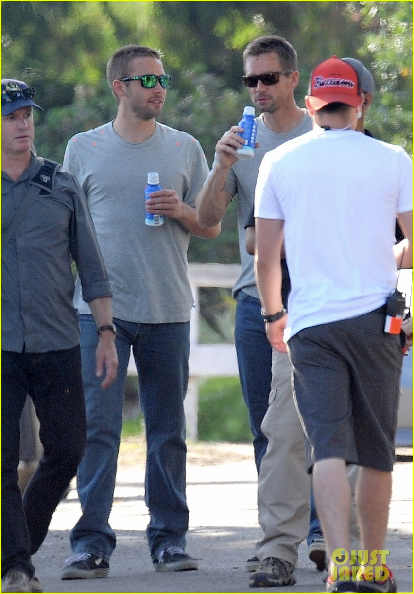 paul walker lookalike brothers spotted fast furious set 113116016