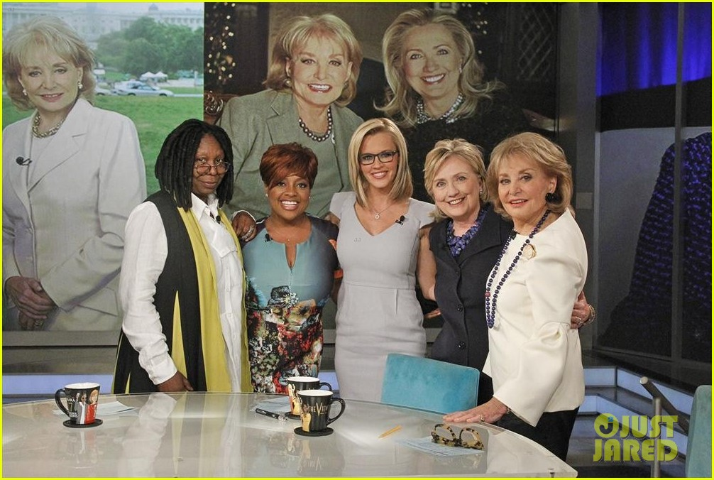 barbara walters final view episode brings out newscasters 043115043