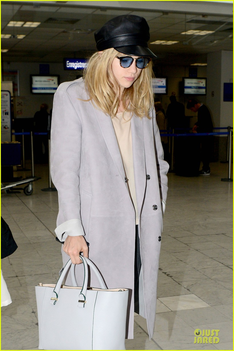 suki waterhouse jets out of france after cannes 06