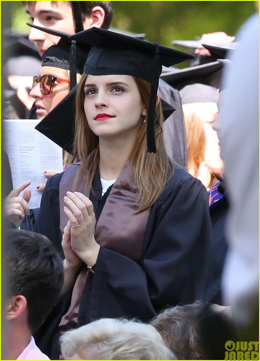 emma watson graduates brown university lit major213122100
