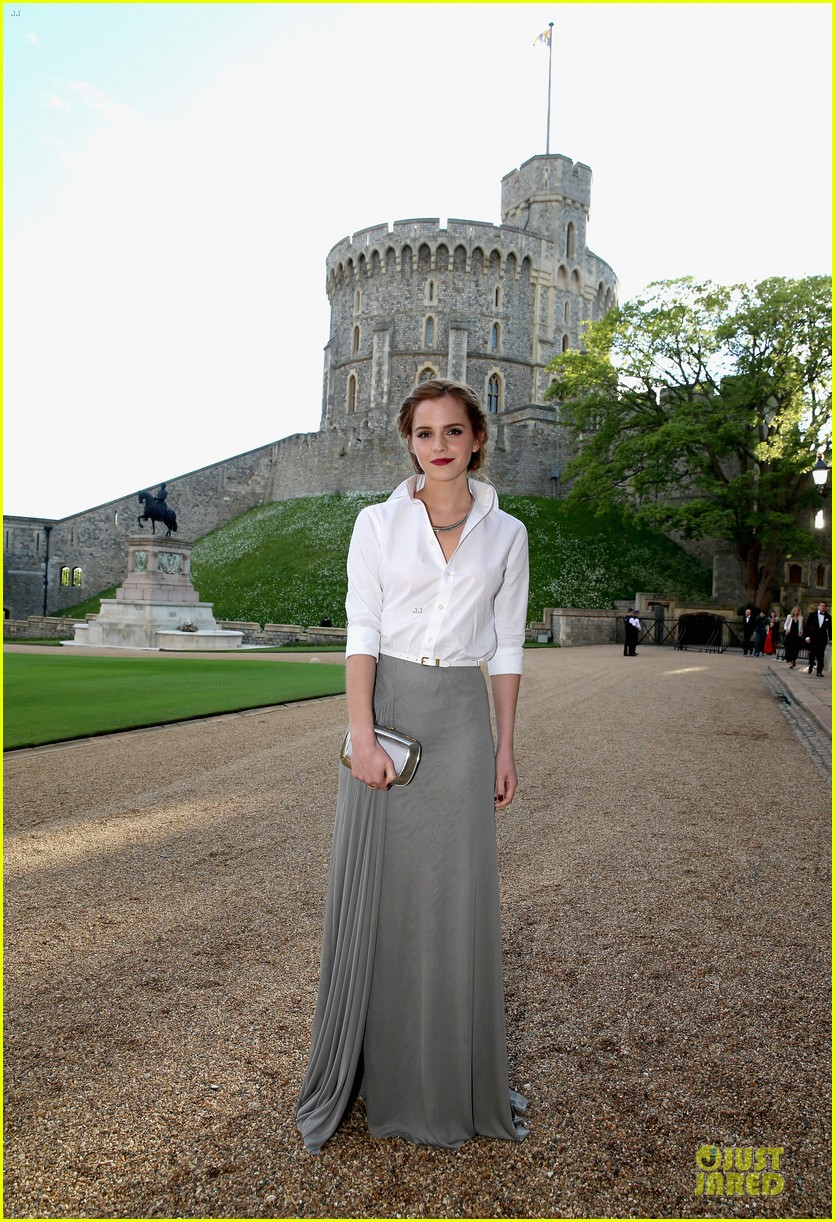 emma watson margot robbie royal marsden dinner 01