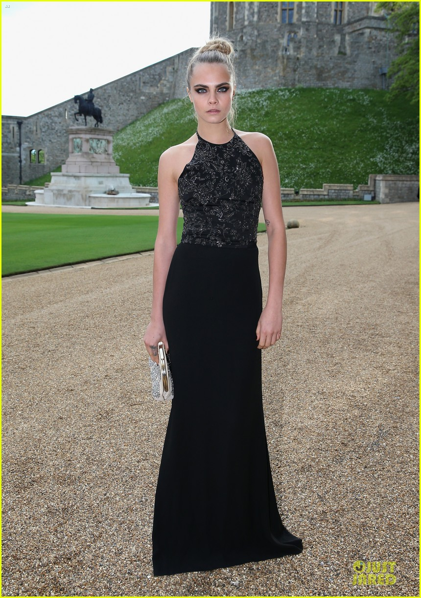 emma watson margot robbie royal marsden dinner 07