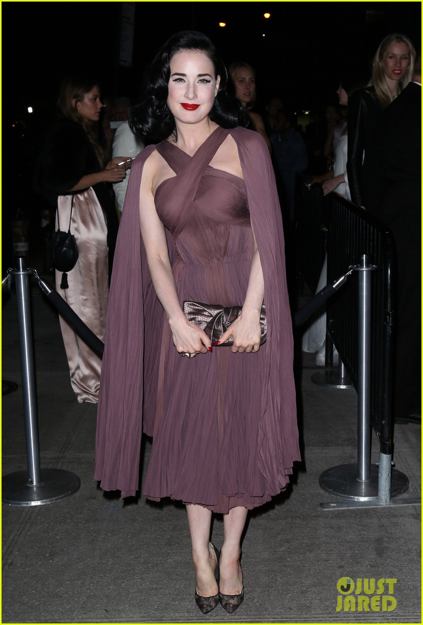 naomi watts dita von teese are party gals after met ball 2014 103106937