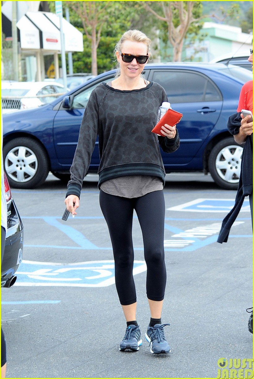 naomi watts works out with her bffs013121104