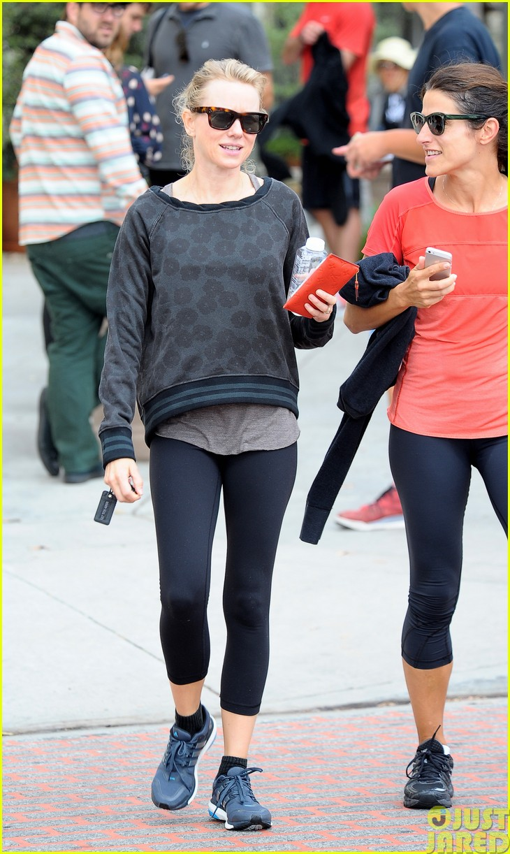 naomi watts works out with her bffs173121120