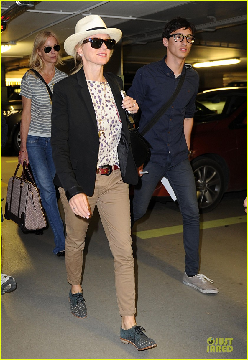 naomi watts edward norton reunite at cannes 103115516