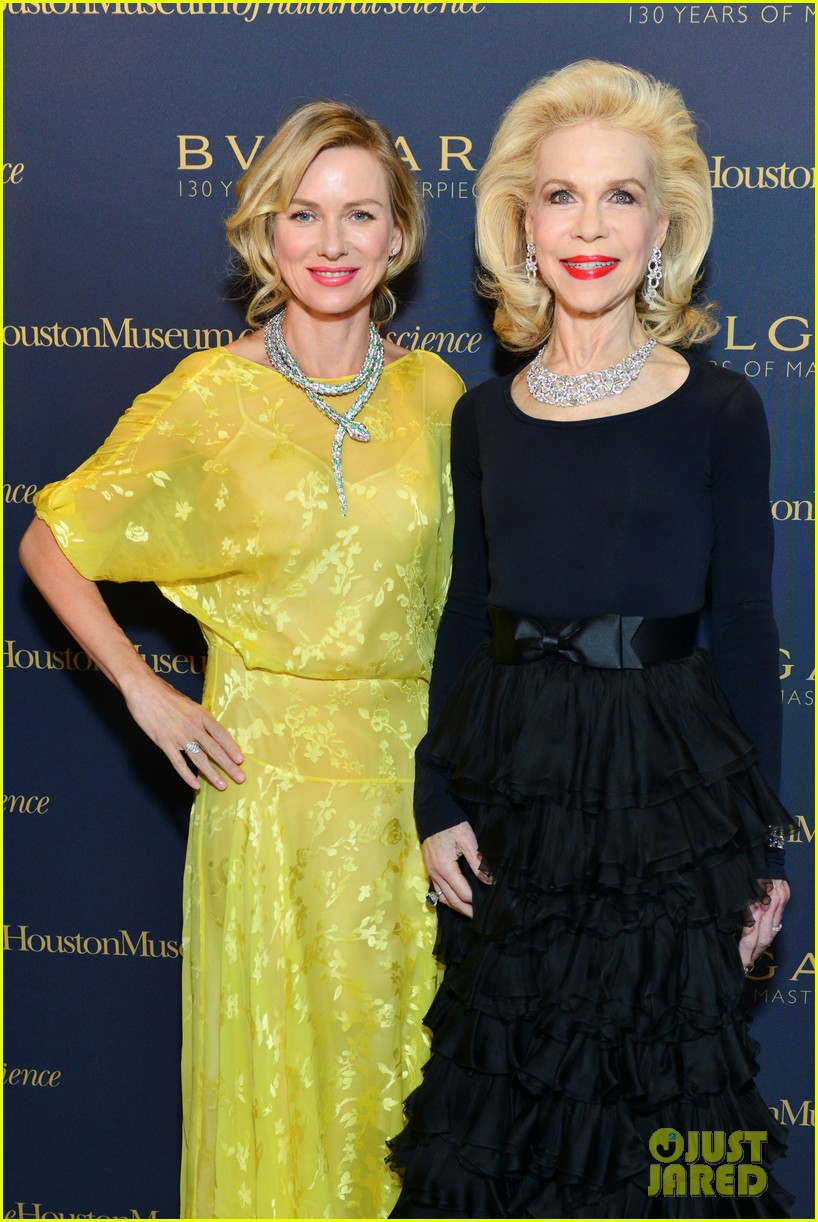 naomi watts wears gorgeous jeweled snake necklace to bulgari gala 083103213