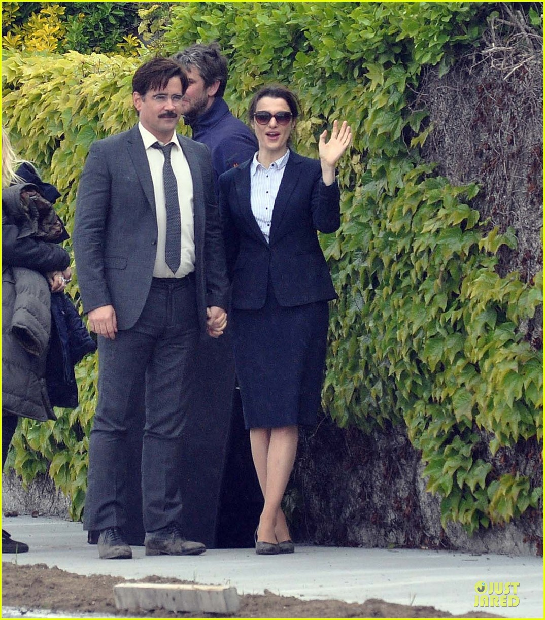 rachel weisz colin farrell hold hands lobster 123107260