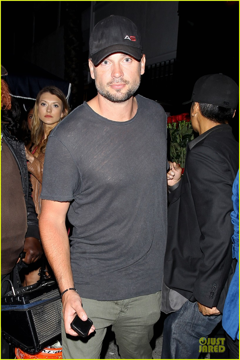 tom welling parties at warwick nightclub 023109963