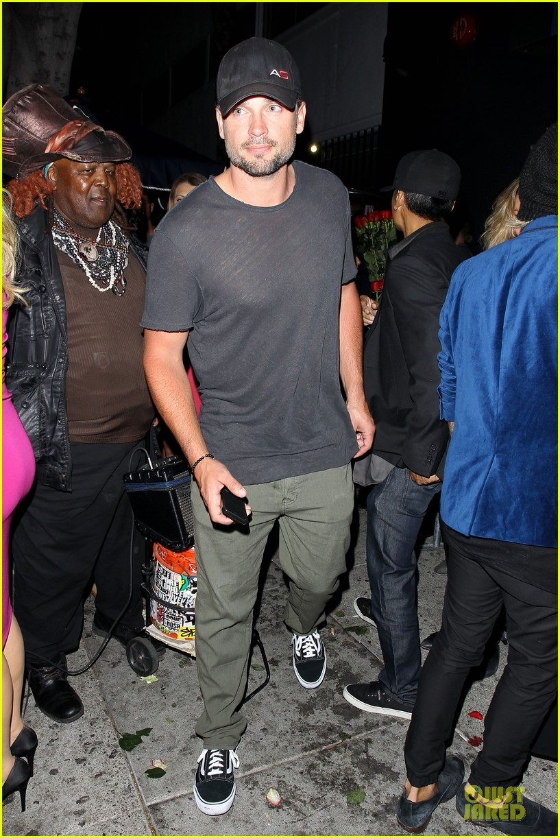 tom welling parties at warwick nightclub 053109966